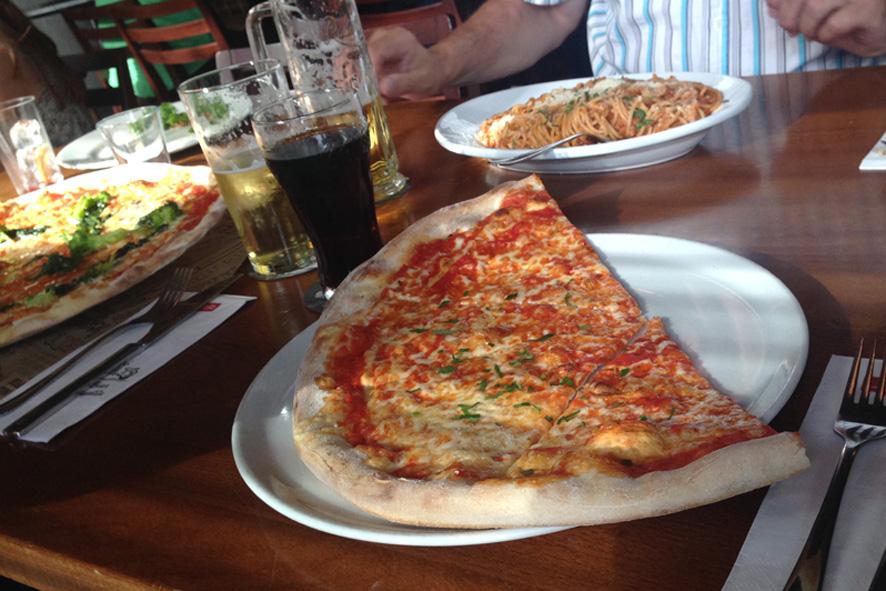 duisburg_pizza_innenhafen