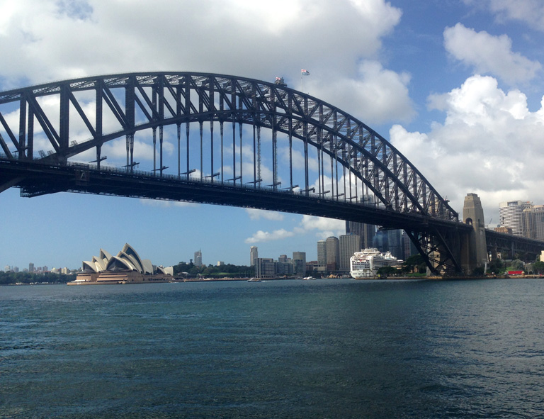 sydney_harbour_bridge_oper