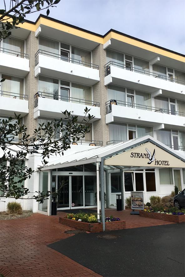 Eingang Strandhotel
