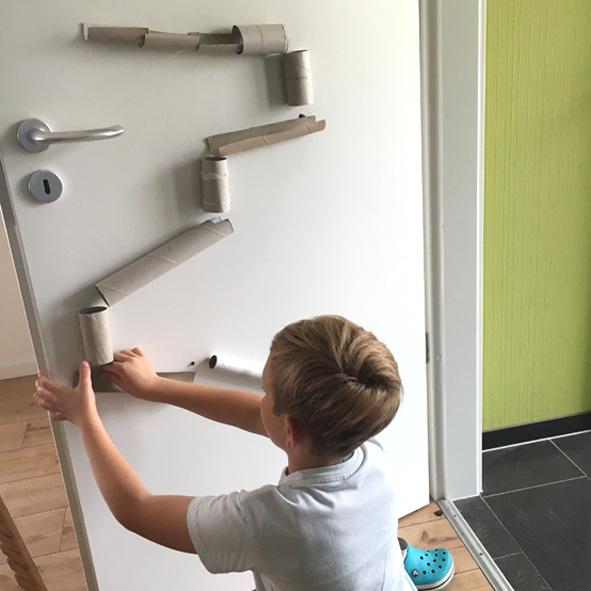 Basteltipp Fur Kinder Einfache Klorollen Murmelbahn