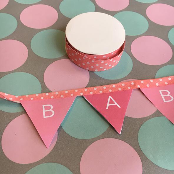 deko_babyshower_prost_baby_rotkaeppchen