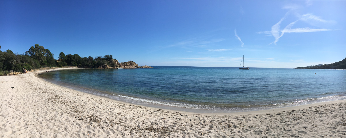 Traumhafte Badebucht auf Korsika