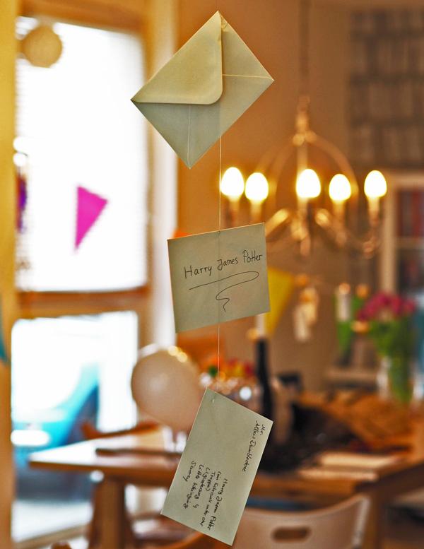 Unser low budget harry potter kindergeburtstag inkl gewinnspiel mom s blog der kreative - Harry potter party deko ...