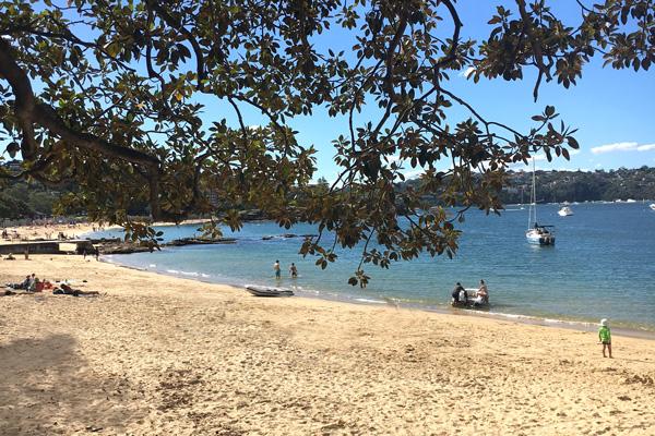 Balmoral_Beach_in_Sydney
