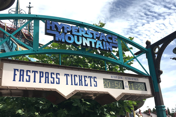 fastpass_hyperspace_mountain_disneyland_paris