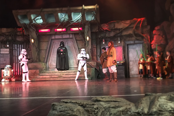 Jedi_Training_star_wars_disneyland_paris