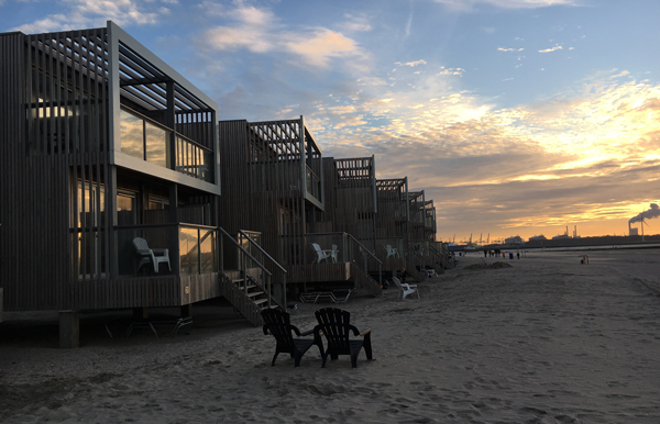 Abendstimmung_strandhaus_holland_nordsee