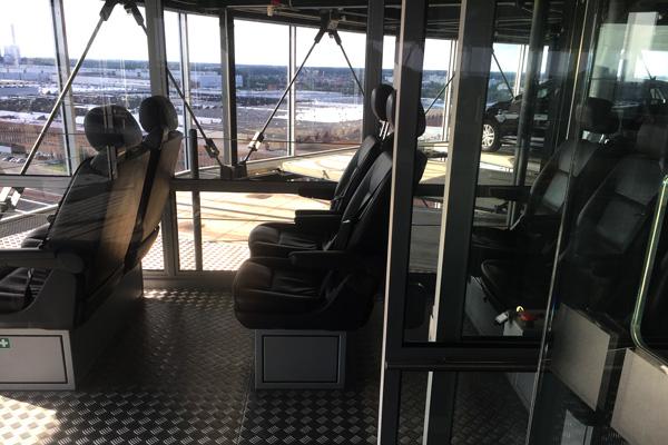 Aufzug_neuwagenturm_autostadt
