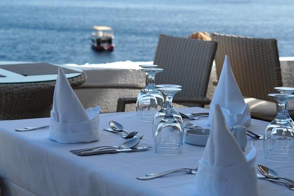 ala-carte-restaurant-concorde-hotel