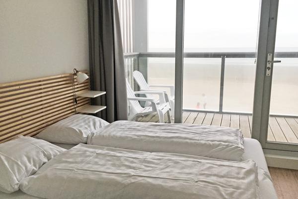 Schlafzimmer_meerblick_landal_beachvilla