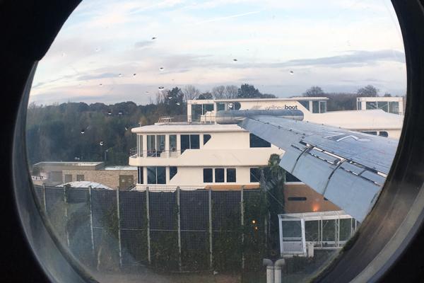 Fenster Flugzeugsuite Ausblick