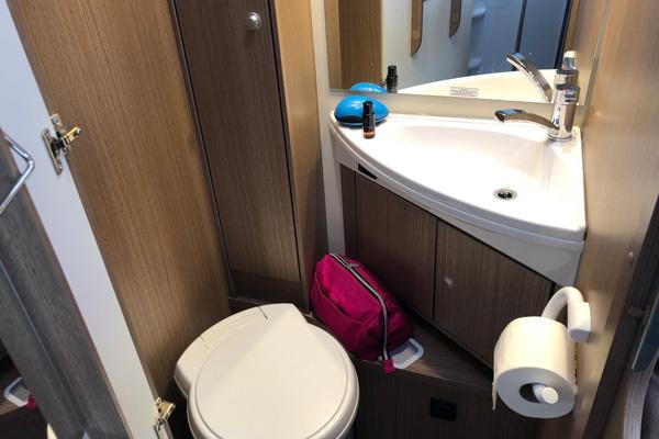 Toilette Wohnmobil Carado