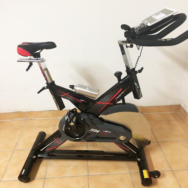 sportstech_kaufempfehlung_speedbike_ergometer_spinningrad