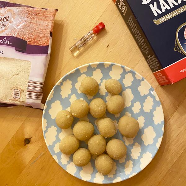 marzipankartoffeln_rezept_gemahlene_mandeln