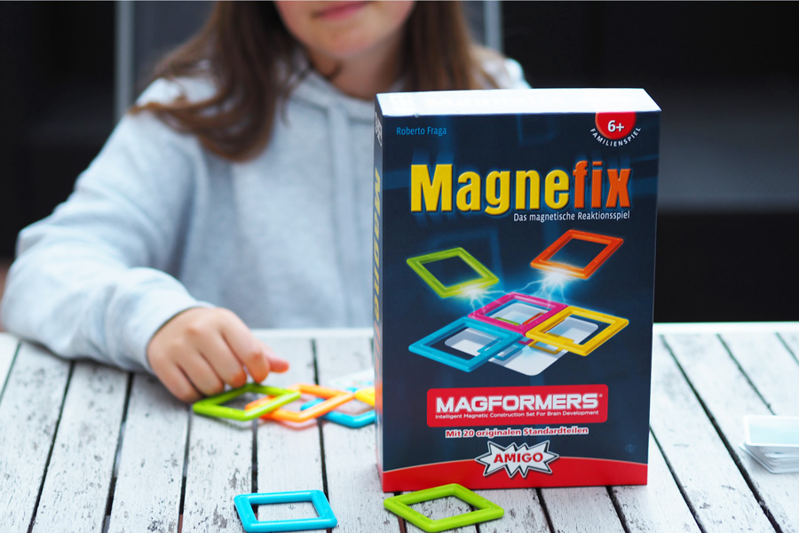 magnefix_spiel_magformers_amigo