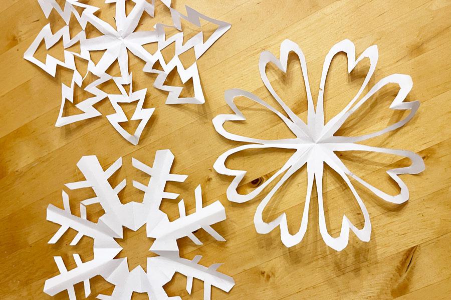 ornamente_aus_papier_ausschneiden