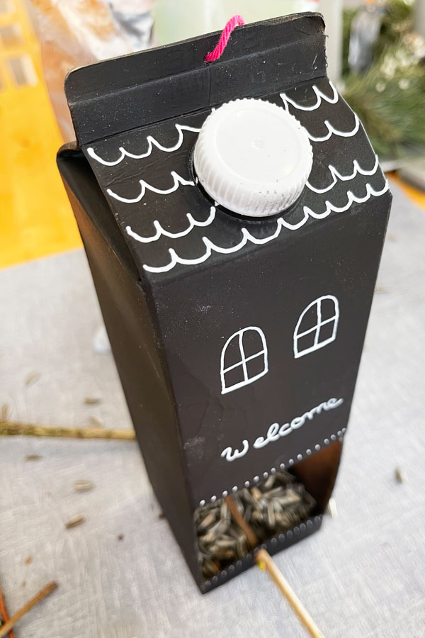 scandinavian_birdhouse_blog_instructions