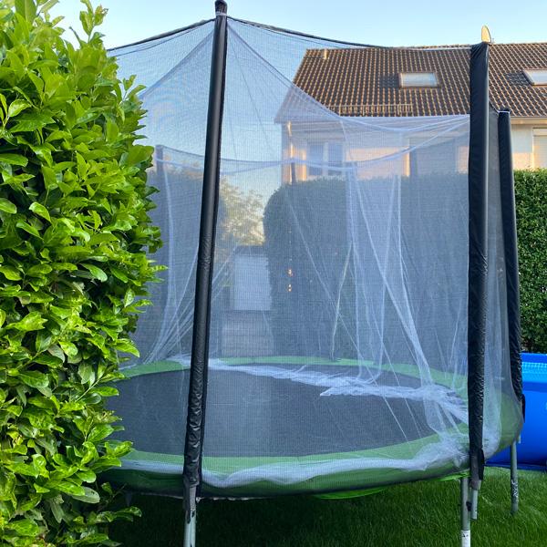 Moskitonetz_trampolin